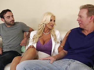 Burly racked blonde MILF Brittany Andrews plant on two fat boo-boo cocks